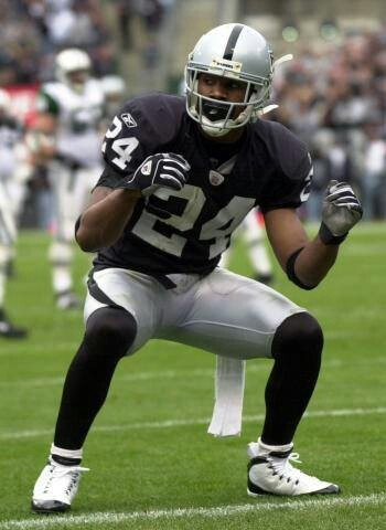 brand new 3132e f672a ... Woodson all rocked custom Air Jordan 9 cleats in unique colorways on  their respective home grass fields. Charles Woodson. Michael Vick