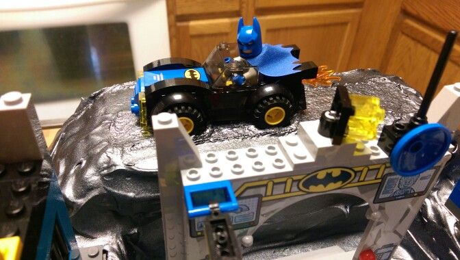 how to make a batcave for a birthday party