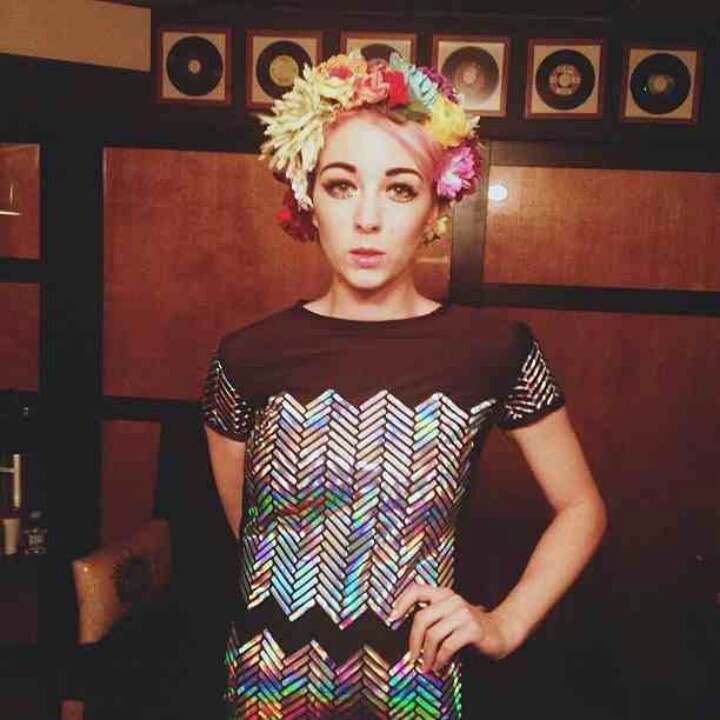 Laura from ultraista in fumbalinas headgear! floral, fun and fabulous