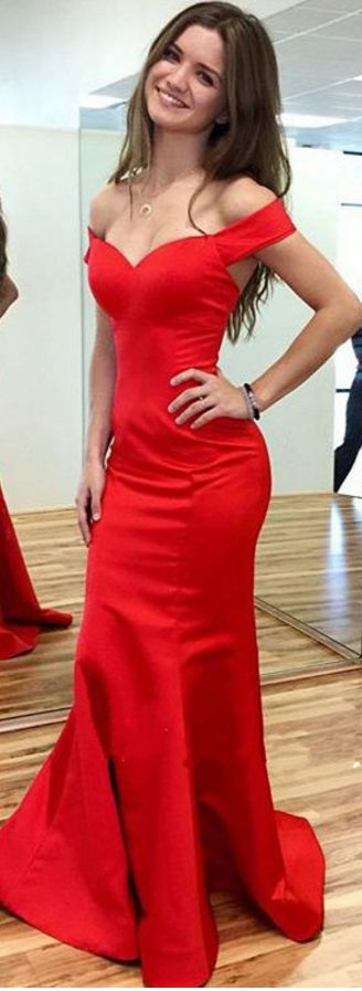 Not sure where I would wear this, but love this dress cut and style.