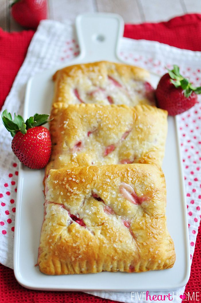*Easy Strawberry Cream Cheese Pastries ~ made with crescent roll dough and fresh sliced strawberries | FiveHeartHome.com