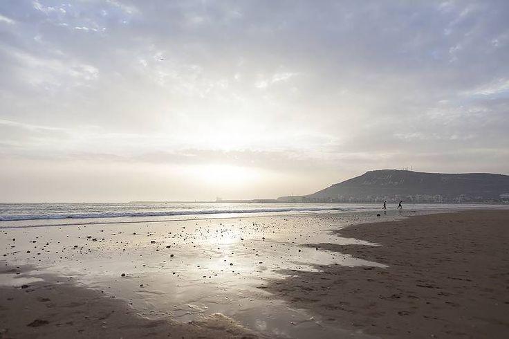 Kilometrien mittainen ranta ja hyvät harrastusmahdollisuudet, kuten vesiurheilu, golf ja patikointi, ovat tehneet #Agadirista monen lomailijan suosikin. #Morocco #Aurinkomatkat
