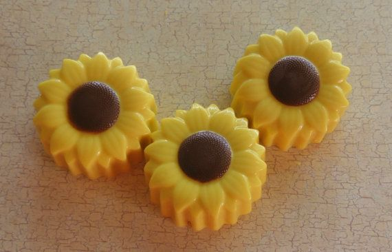 Sunflower Chocolate Covered Oreo Party Favor
