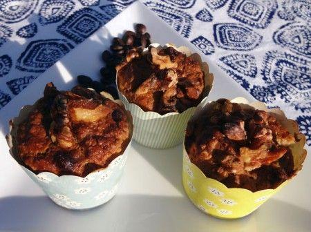 Disse små lækre kernebrøds-muffins er perfekte til madpakken, på farten eller som eftermiddags snack :-)  Opskriften er glutenfri, hvedefri, laktosefri, mælkefri, sojafri og ægfri. Opskriften er også egnet til dig på low FODMAP diæt, så længe du ikke spiser mere end et par af de dejlige brød pr. dag :-)