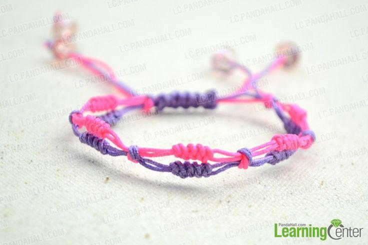 final look of slip knot friendship bracelet