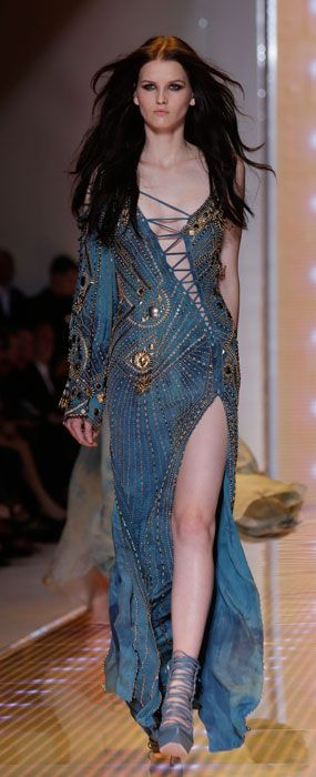 Versace. Milan Fashion Week. Spring Summer 2013