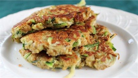 zuccini fritters: Side
