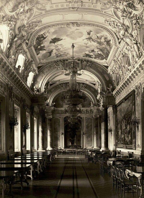 Királyi palota,a büfé-galéria.