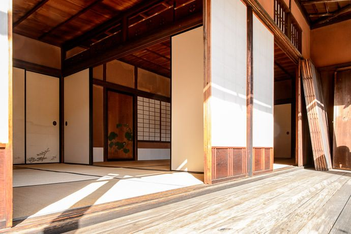 Minor Outer Building with a couple of rooms -- Shugakuin Imperial Villa (修学院離宮) -- Kyoto, Japan -- Copyright 2013 Jeffrey Friedl, http://reg...