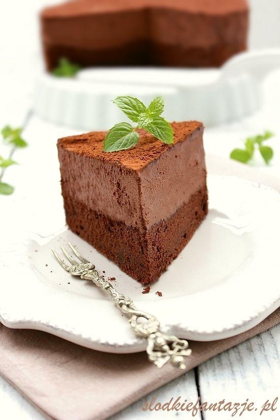 Jedno z najlepszych ciast czekoladowych jakie jadłam. Obłędny w smaku mus…