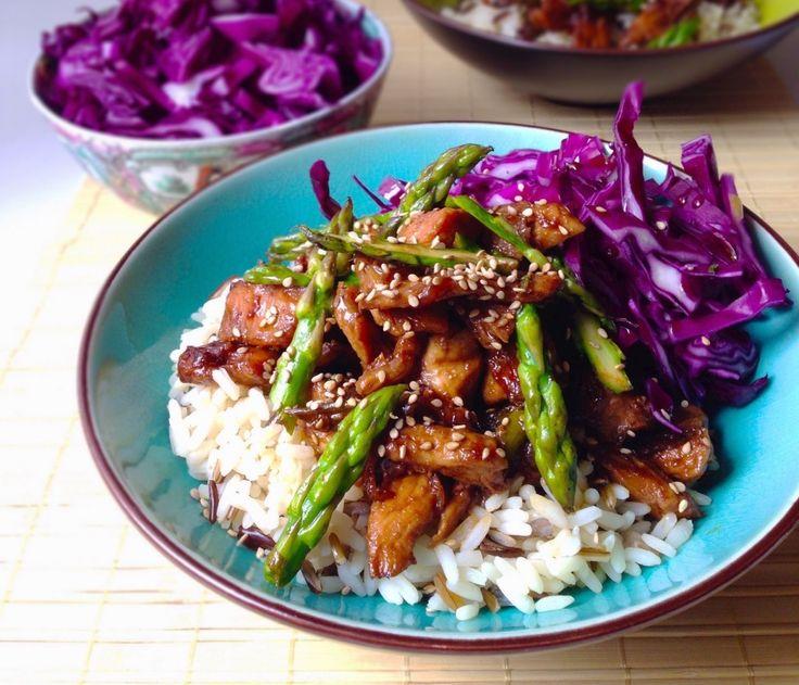 Pollo teriyaki con espárragos trigueros http://fitfoodmarket.es/receta-healthy-pollo-teriyaki-con-esparragos-trigueros/