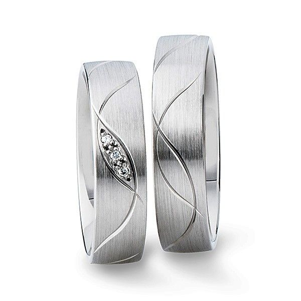Wedding ring 927481 & 027483 www.gluecksfactory.de