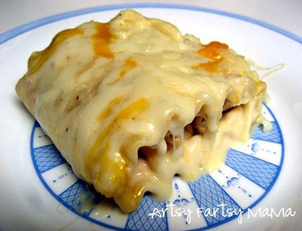 artsy-fartsy mama: Alfredo Lasagna Roll-Ups