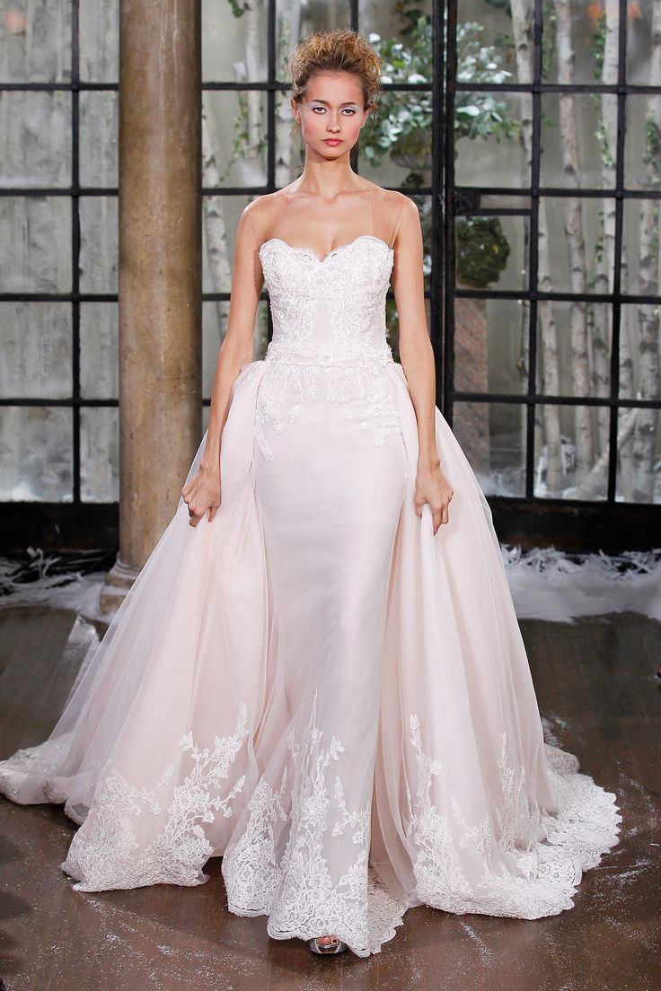 11 best The Biggest Gown Trends from the Fall 2015 Bridal Runway ...