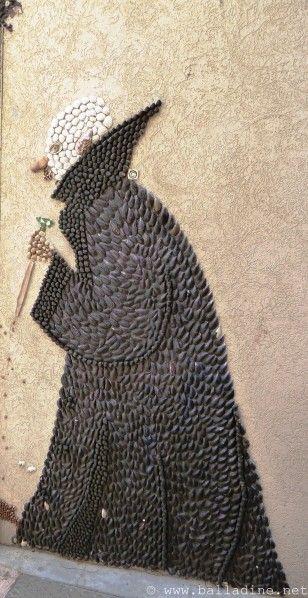 Aux Sables d'Olonne, l'Ile Penotte et la Dame aux Coquillages
