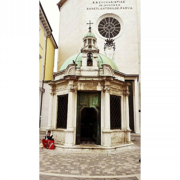 #chiesa #church #italianplace #sun  #sole #bellegiornate #caldo #spiaggia #famiglia #family #traveling #travel #landscape #rimini #centro #italy #emiliaromagna #parrocchia #santantonio #likeforfollow #likeforlike #followforfollow #20like #30like #gessicaiannucci  #picofday #photooftheday #followme by ges8894
