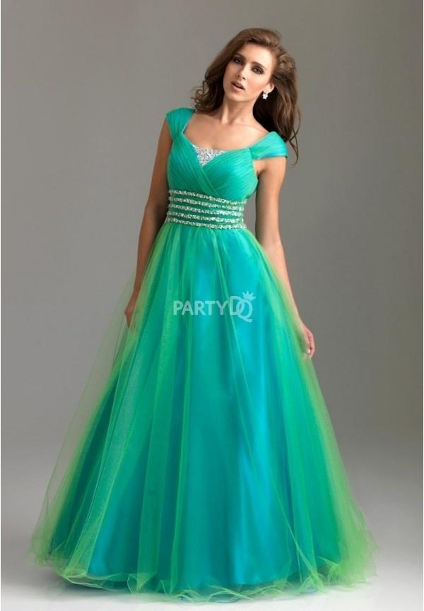 114 best Ball Gowns images on Pinterest   Wedding dressses, Formal ...