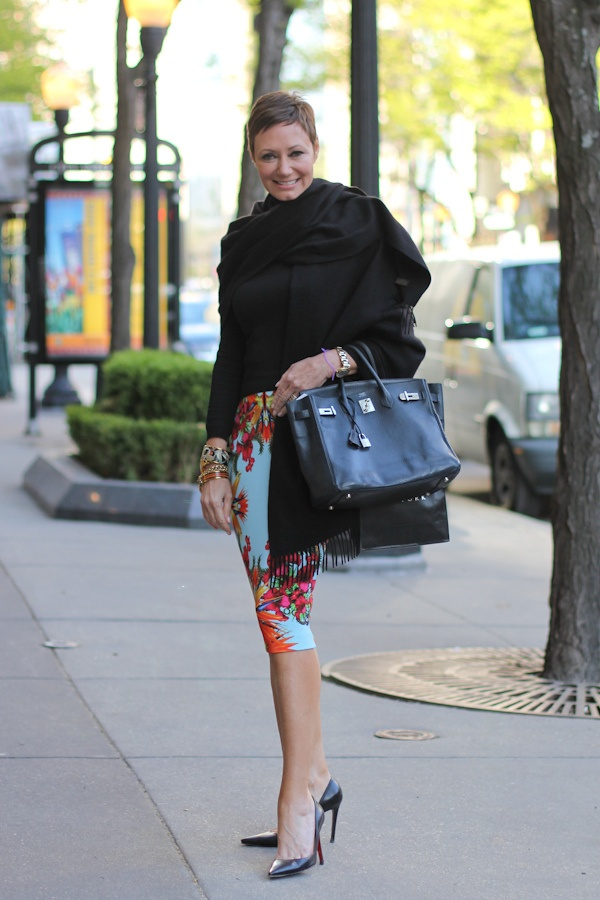 Collette May. Fashionable super mom. Seriously is there anything this woman can't do!?
