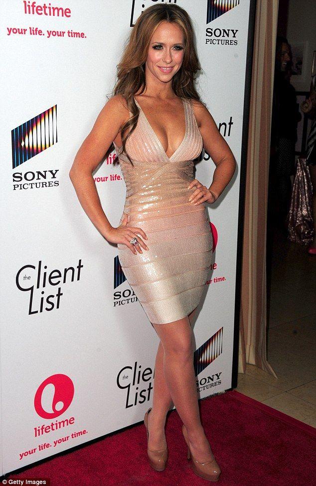 Jennifer Love Hewitt inspired look. <3