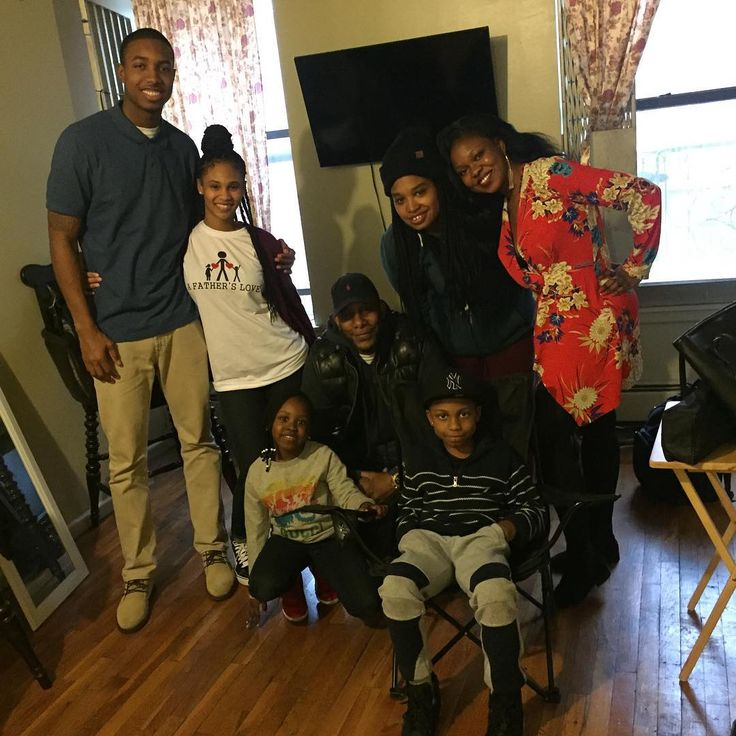 On set! #afatherslove #cast #crew #family #father #mother #daughter #son #bond #love #peace #tradition #unity #actors #shortfilm #producer #writer #hbo #netflix #bouncetv #bet