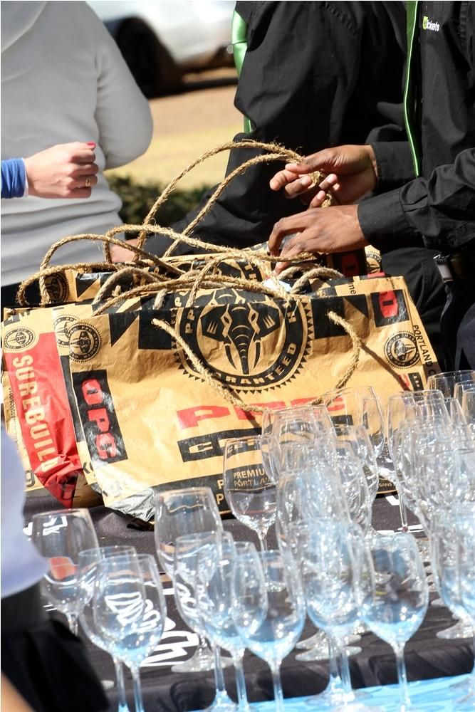 There are only 8 days before the #RobertsonWineFest! Have you got your tickets yet? http://bit.ly/1qWKv7P pic.twitter.com/avhjDvtogh Western Cape, Cape Winelands, South Africa August 2014 Annual Event