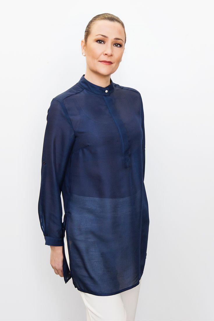 Simple, stylish uniforms.