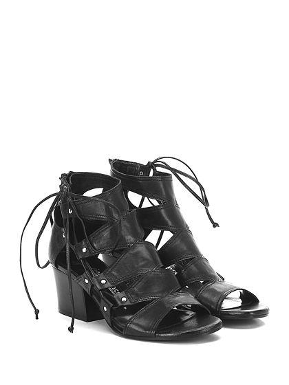 Fiori Francesi - Sandalo alto - Donna - Sandalo alto in pelle con zip su retro ed allacciatura laterale. Suola in cuoio, tacco 60. - NERO - € 198.00