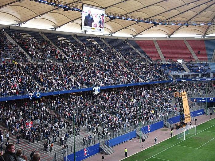 Derby Pauli-HSV am 19.9.2010. Public Viewing in der Imtech Arena.