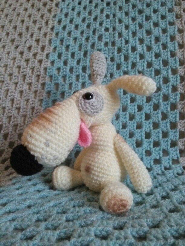 Dog Lucky Borisenko. Free pattern on the Little Owls Hut website!