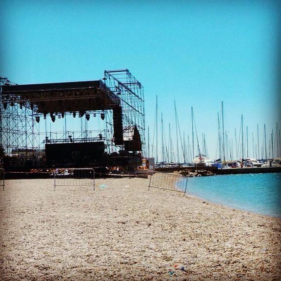 The stage #bonnietyler #gaynorsullivan #gaynorhopkins #thequeenbonnietyler #therockingqueen #rockingqueen #music #rock #2013 #concert #rome #harleydavidson