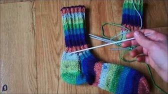 Dámské háčkované ponožky - YouTube