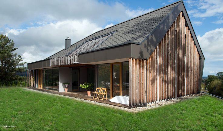 Una villa #Biohaus immersa nel verde. #architettura #design #bioedilizia