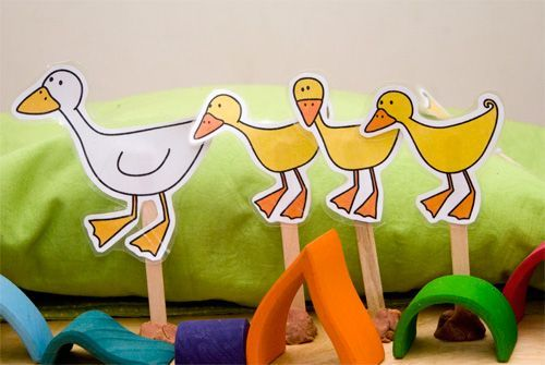 Five little ducks went out one day - printable duck puppets to go with our frogs!