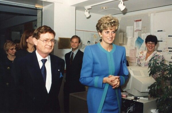 29 October 1991 Princess Diana visited the University of Ottawa Heart Institute on the tour of Canada