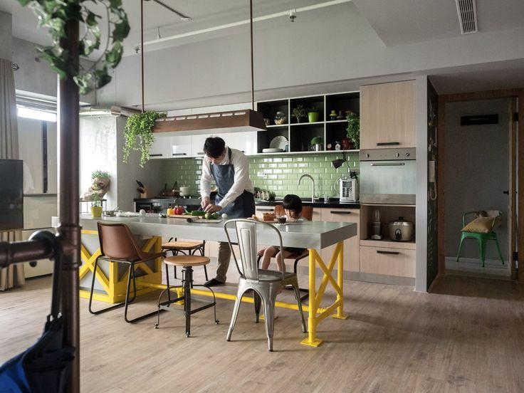 Een eclectische mix van industrieel, vintage en modern interieur in een Taiwanees huis - Roomed   roomed.nl
