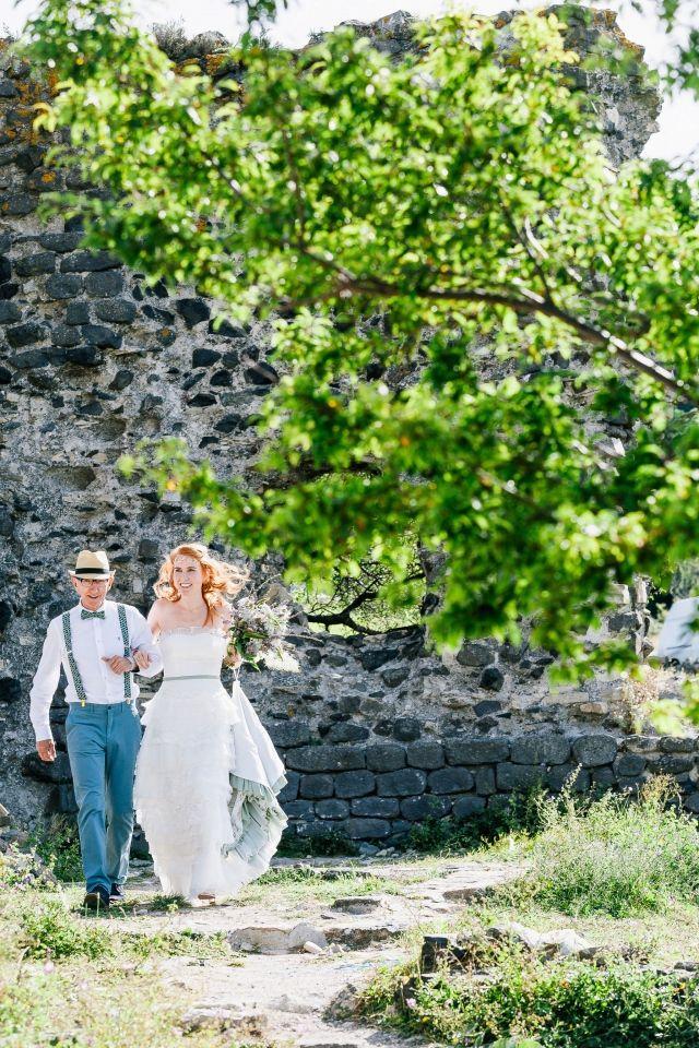 #bruiloft #trouwen #trouwdag #huwelijk #inspiratie #idee #real #wedding #inspiration Trouwen in Mirabel op camping Les Arches   Photography: De Grote Dag Bruidsfotografie   ThePerfectWedding.nl