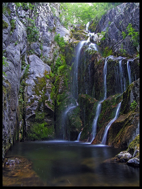 Cascade sur la route de l'Aigoual by eric.cipriano, via Flickr