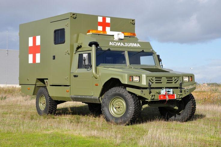 URO VAMTAC S3 Ambulancia Se trata de un vehículo que se fabrica en Galicia (España) por la compañía UROVESA, este todoterreno que por peso se debe de conducir con carnet C de camión se denomina VAMTAC (acrónimo de Vehículo de Alta Movilidad Táctico).