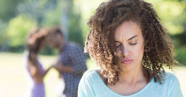 ¿Por qué algunas mujeres buscan relaciones con hombres casados?