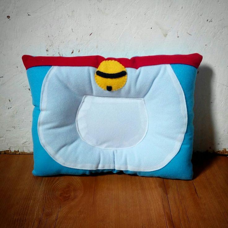Felt baby pillow, doraemon pillow. Bantal peyang