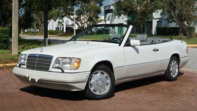 1995 Mercedes-Benz E-Class E320 CONVERTIBLE ONLY 54,932 MILES CLEAN CARFAX!!! ICE COLD AC SUPER LOW MILES EXCELLENT SERVICE HISTORY…