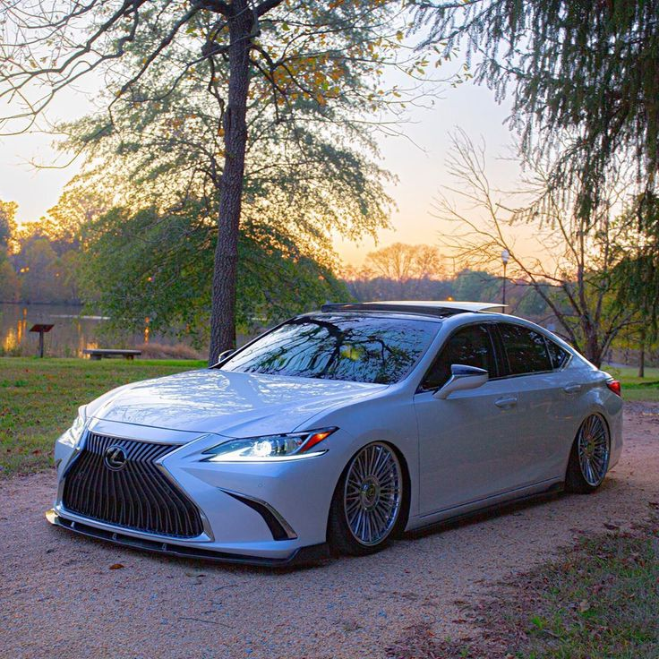sliq07 freshly bagged 2019 Lexus ES • airforcesuspension
