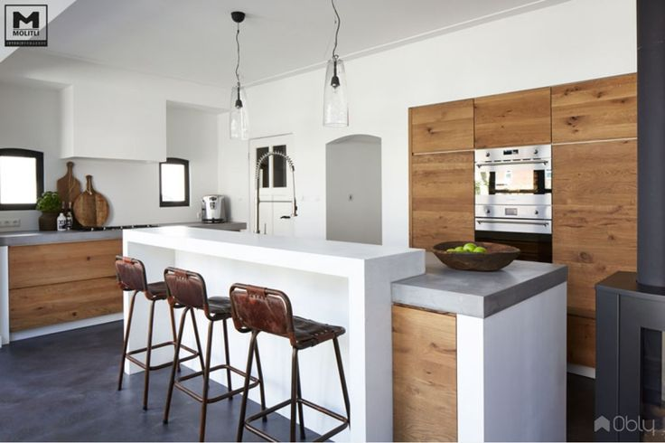 Keuken van betonstuc en hout - OBLY