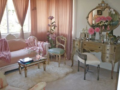 old hollywood glam bedroom, I like the idea of light pink and the rug. I  would modernize it though