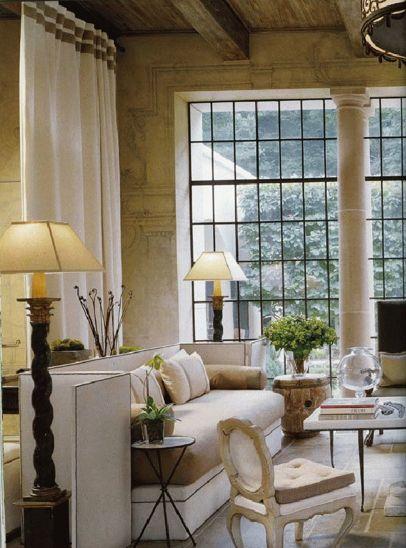 love the windows and ceiling. : Interior Design, Decor, Livingrooms, Living Rooms, Window, Interiors, Family Room, Bobby Mcalpine