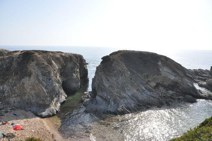 Next to Porto Côvo