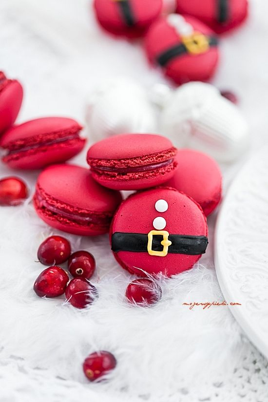 Cranberry Macarons. Love the edible Santa belt!