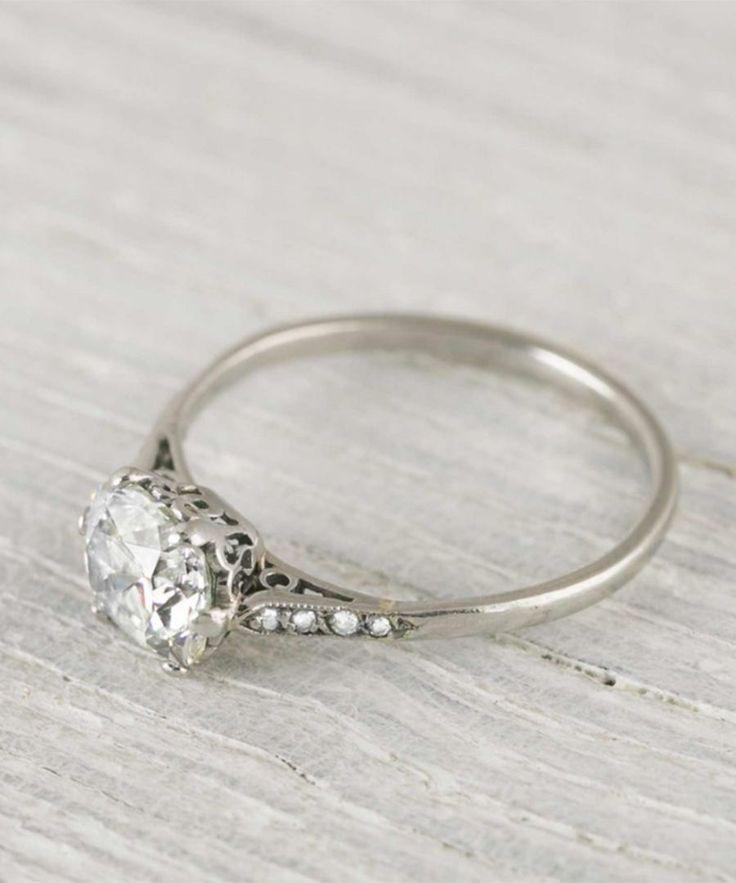 Unique vintage diamond engagement rings.