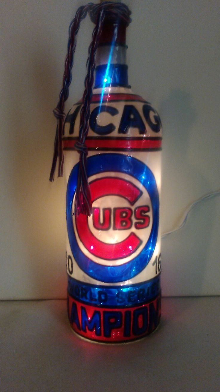 Chicago Cubs World Series Champions inspired Hand