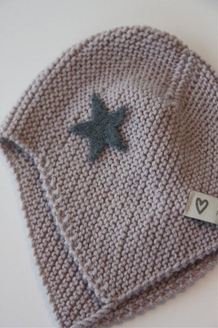 Would be super cute to knit, then if a boy, put a star or car , if a girl a flower or butterfly!